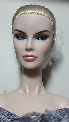 "Integrity Supermodel convention ~ "" Tweed Couture "" Dania Zarr Doll LE350 NRFB"