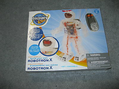 2009 Discovery Kids Robotron X Boxed Walking Robot Gently Used Ages 8+ See Pics!
