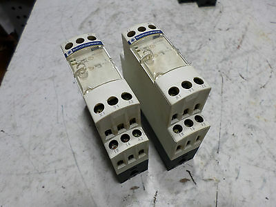 TELEMECANIQUE TIME DELAY RELAY - Qty of 2 - RE7-RM11BU - 24AC/DC  0.5s..300hr