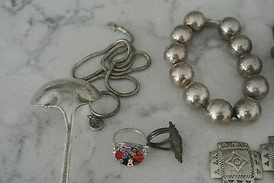 Lot of sterling silver jewelry ,some scrap pieces.