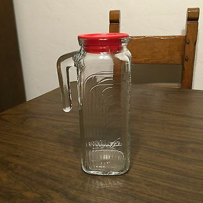 NOS Arte Deco 1 Qt COVETRO RIBBED GLASS Red Lid Refrigerator Water/Juice Pitcher