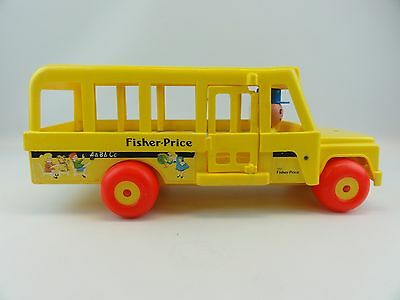 Fisher Price #192 School Bus Vintage 1984 Little People Yellow Pull Toy