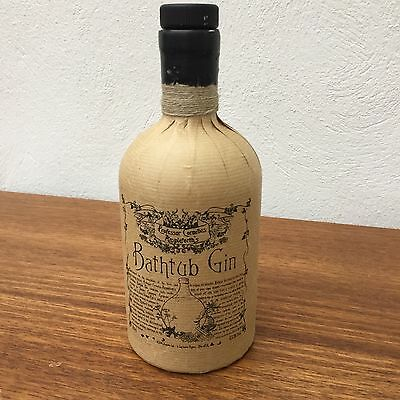 Empty bathtub gin bottle for upcycling upcycled breweriana cool alcohol pub