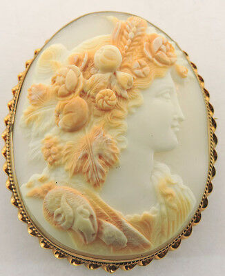 14K Yellow Gold Carved Cameo Brooch Pin