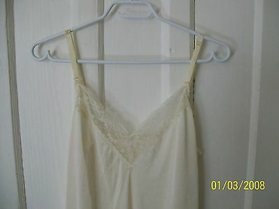 vintage slip Women's full beige slip with lace trim Size 36 bust lingerie
