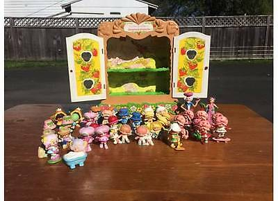 Vintage 1980'S 30+ STRAWBERRY SHORTCAKE pvc figures display cabinet cupboard