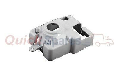 813438p Fisher & Paykel Cover Fan Motor