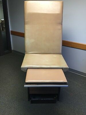 IE INDUSTRIES Medical Exam Table Adjustable Flexible w/Stirrups & Drawers Unit 1