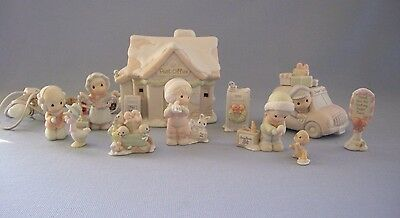 Precious Moments Sugar Town Post Office 11 Pieces Lighted House Enesco Retired