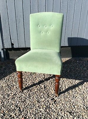 Antique Victorian Button Backed Bedroom Chair