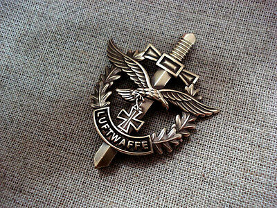 WW II German Air Force Luftwaffe Custom Badge