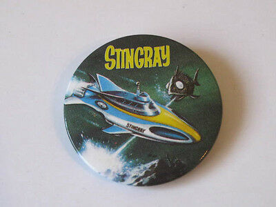 STINGRAY COMIC No 1. FREE GIFT STINGRAY BADGE. 1992 SCARCE. SUPERB CONDITION.