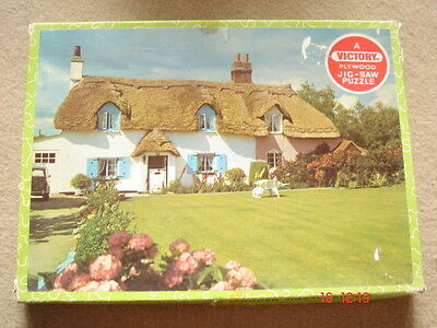 Vintage Victory THATCHED COTTAGE piece wooden jigsaw complete 125 pieces