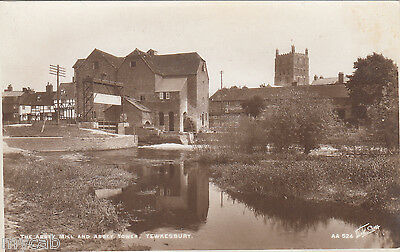 Postcard Tewkesbury Gloucestershire the Abbey Mill and Tower RP sharp photo