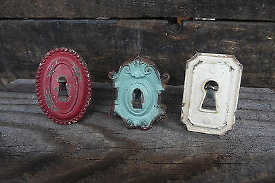 Vintage Style DOOR KEY HOLE PLATE DRAWER PULLS KNOBS Distressed Red White Teal
