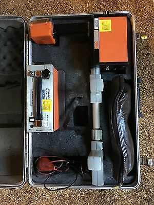 Metrotech 810 Locator and Transmitter Cable / Pipe Locator With Case