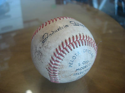 Vintage Batos Cuba Industria Deportiva Official Baseball