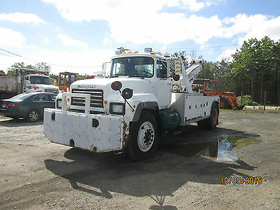 1997 Mack 30 Ton Tow Truck Wrecker With Under Lift Model Rd686