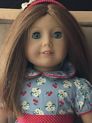 American Girl Doll Emily ~ Molly's Friend ~ Retired W/ Clothing