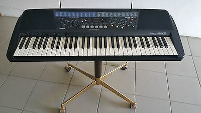 Synthétiseur piano Casio CT-700