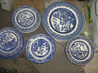 Job Lot Of Willow Pattern  Blue And White Tableware Pottery Plates Bowls 40 Item