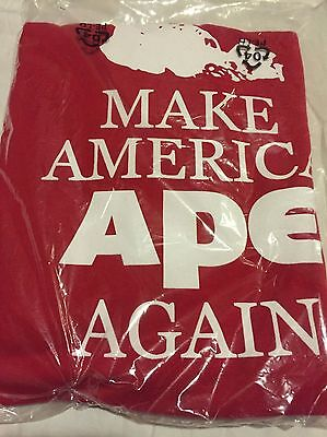 Mondo Screening Exclusive Planet of the Apes Make America Ape Again Med T-Shirt