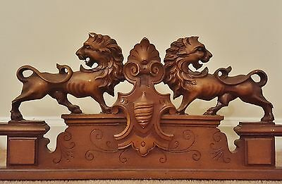 OLD Vntg French Carved Louis Architectural Pediment Cornice Lion Crest 2 AVBLE