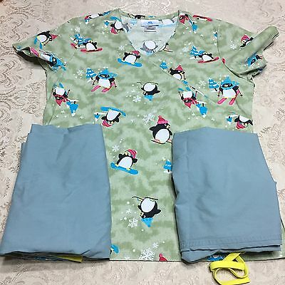 Scrubs Small Lot Of 3 Women's Christmas Holiday Penguin