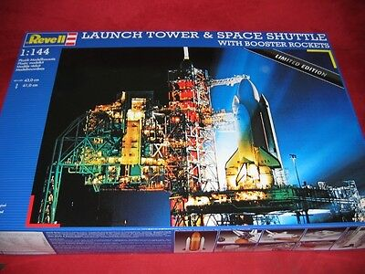 Revell® 1:144 04911 Launch Tower&space Shuttle With Boosters Brand New
