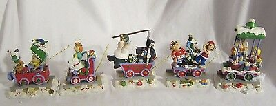 2005 FAMILY GUY CHRISTMAS TRAIN Figures Set of 5 Cars Stewie Brian Peter Lois