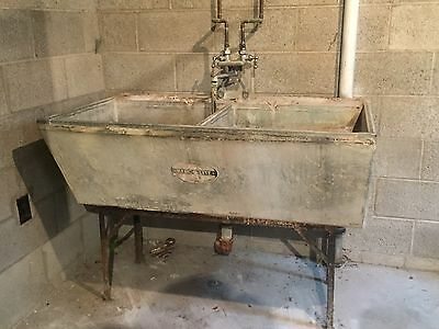 Antique Cement Her-cu-lite Wessels Wash Board Tub Farm 1940's Pick Up Only