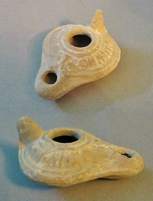 A Late Roman to Early Byzantine Pottery Oil Lamp