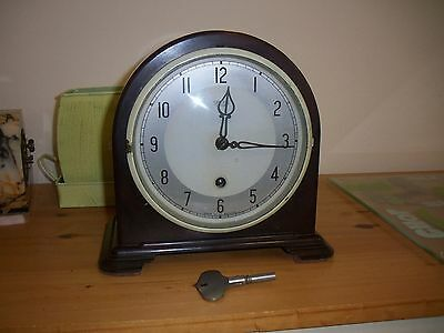 Clean smiths enfield bakelite time only mantel clock
