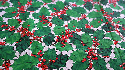 CHRISTMAS TABLECLOTH Holly Leaves & Berries