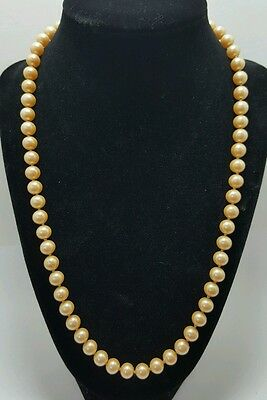 """Vintage Single Strand Cream Colored Faux Pearl Necklace 22"""""""