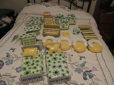Large lot of BARBIE INFLATEABLE FURNITURE More than 20 pc Sofa Bed Dresser