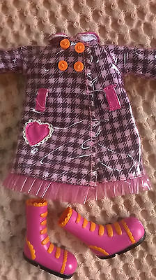 Lalaloopsy Raincoat Outfit for Large Doll. 1st Edition.