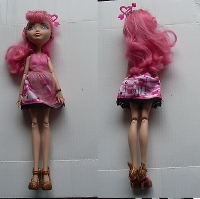 Bambola Ever After High Cupid