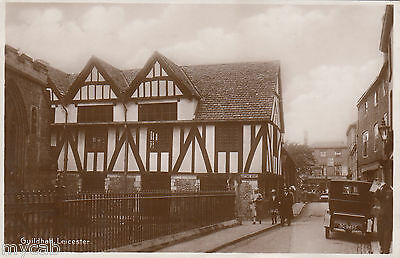 Postcard Leicester Leicestershire early view Guildhall with motor car BC9495 RP