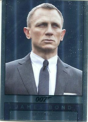 James Bond Archives 2016 Spectre Mirror Chase Card M23