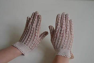 Vintage Delicate White / are Crochet Cotton Mesh Lace Evening Gloves Size
