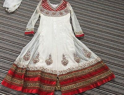 Indian Pakistani Bollywood Red And White Velvet Anarkali Dress Suit Size M/40
