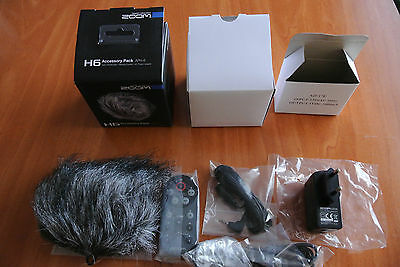 Zoom H6 Accesory Pack APH6 / Hairy WindScreen / AC Power Adapter /Remote control