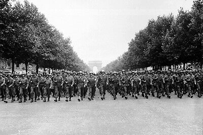 New 5x7 World War II Photo: Parade Down Champs Elysees after Paris Liberation