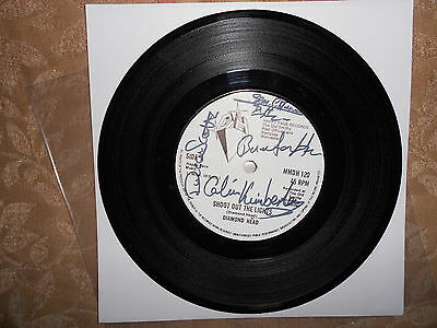 "Diamond Head, Unique,rare,fully Signed 7"",shoot Out The Lights/helpless.mint"