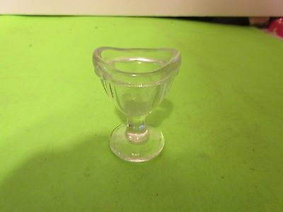 Vintage 8 Panel Pedestal Clear Glass Eye Wash Cup Eyecup Marked 10 1 (PS6B)