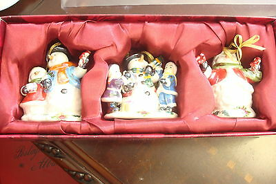 Royal Albert Musical Christmas Ornaments, new in box of 3 ornaments[a4]