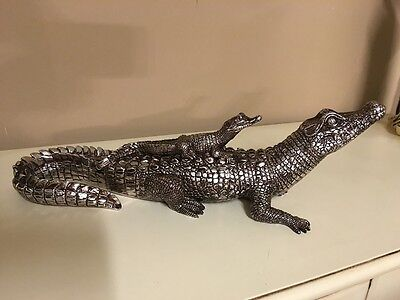 Silver Detailed Crocodile with Baby Statue Sculpture Resin Ornaments Home Decor