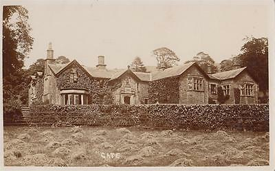 """B05.Vintage Postcard. Unidentified house just marked """"Gate"""""""
