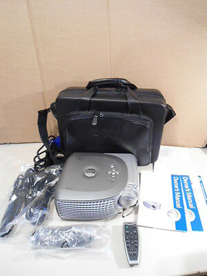 Dell 1200MP Digital Multimedia Projector & Fernbedienung, Tasche